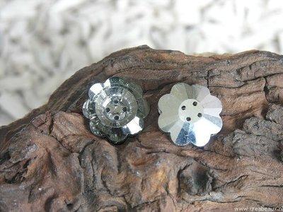 Knoop kristal, 25mm, rookgrijs